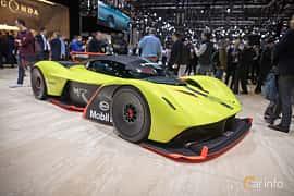 Fram/Sida av Aston Martin Valkyrie AMR Pro 6.5 V12 Concept, 1115ps, 2018 på Geneva Motor Show 2019