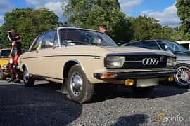 Front/Side  of Audi 100 2-door Sedan 1.8 Manual, 90ps, 1970