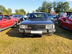 Front  of Audi 100 4-door Sedan 2.1 Automatic, 136ps, 1980 at Fordonsträffar i Flen v.30 / 2019