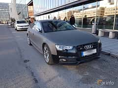 Front/Side  of Audi S5 Sportback 3.0 TFSI V6 quattro S Tronic, 333ps, 2014
