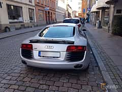 Back of Audi R8 Coupé 4.2 FSI V8 quattro Manual, 420ps, 2009