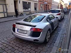 Back/Side of Audi R8 Coupé 4.2 FSI V8 quattro Manual, 420ps, 2009