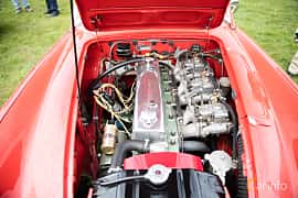 Engine compartment  of Austin-Healey 3000 2.9 Manual, 126ps, 1961 at Tjolöholm Classic Motor 2016