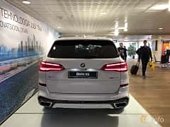 Back of BMW X5 xDrive30d  Steptronic, 265ps, 2019