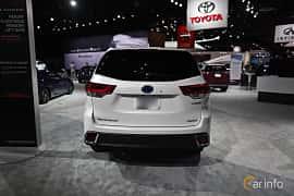 Bak av Toyota Highlander 3.5 V6 Hybrid AWD ECVT, 310ps, 2018 på North American International Auto Show 2018