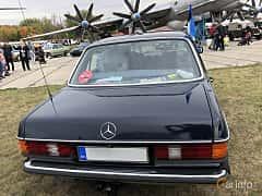 Back of Mercedes-Benz 240 D  72ps, 1984 at Old Car Land no.2 2019