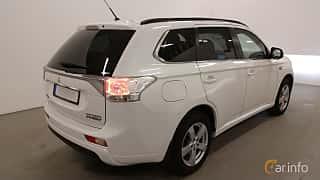 Back/Side of Mitsubishi Outlander P-HEV 2.0 Hybrid 4WD CVT, 203ps, 2014