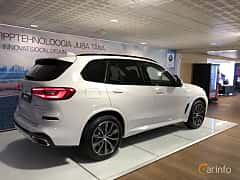 Back/Side of BMW X5 xDrive30d  Steptronic, 265ps, 2019