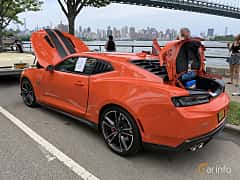 Back/Side of Chevrolet Camaro SS 6.2 V8 Hydra-Matic, 461ps, 2018 at Father's Day Classic Car Show New York 2019