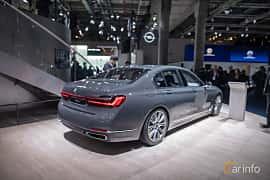Bak/Sida av BMW 745e  Steptronic, 394ps, 2020 på IAA 2019