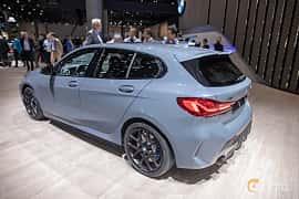 Bak/Sida av BMW M135i xDrive  Steptronic, 306ps, 2020 på IAA 2019