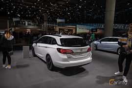 Bak/Sida av Opel Astra Sport Tourer 1.5 D Automatic, 122ps, 2020 på IAA 2019