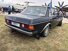 Back/Side of Mercedes-Benz 240 D  72ps, 1984 at Old Car Land no.2 2019