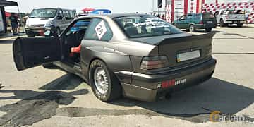 Back/Side of BMW 318is Coupé  Manual, 140ps, 1993 at Proudrs Drag racing Poltava 2019