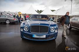 Front  of Bentley Mulsanne 2016 at Autoropa Racing day Knutstorp 2015