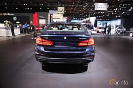 Bak av BMW M550i xDrive Sedan 4.4 V8 xDrive Steptronic, 462ps, 2017 på North American International Auto Show 2017
