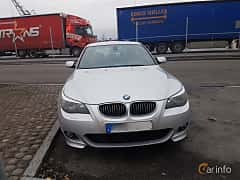 Front  of BMW 525d Sedan 2.5 Automatic, 177ps, 2006