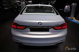 Back of BMW 740Le xDrive 2.0 xDrive Steptronic, 326ps, 2017 at North American International Auto Show 2017