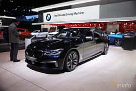 Fram/Sida av BMW M760Li xDrive 6.6 V12 xDrive Steptronic, 610ps, 2017 på North American International Auto Show 2017