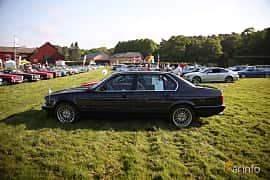 Sida av BMW 750iL 5.0 V12 Automatic, 300ps, 1989 på Tjolöholm Classic Motor 2018