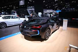 Bak/Sida av BMW i8 1.5 + 7.1 kWh Steptronic, 362ps, 2017 på North American International Auto Show 2017