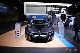Fram av BMW i8 1.5 + 7.1 kWh Steptronic, 362ps, 2017 på North American International Auto Show 2017
