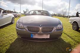 Front  of BMW Z4 Roadster 3.0 Automatic, 231ps, 2005 at Bil & Mc-café vid Tykarpsgrottan v.33 (2017)
