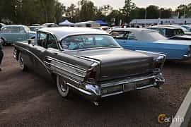 Back/Side of Buick Century Sedan 6.0 V8 Automatic, 305ps, 1958 at Kungälvs Kulturhistoriska Fordonsvänner  2019 Torsdag vecka 35