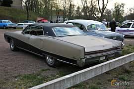 Back/Side of Buick Electra 225 Custom 4-door Hardtop 7.0 V8 Automatic, 365ps, 1967 at Kungälvs Kulturhistoriska Fordonsvänner  2018 v.35
