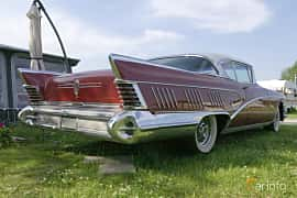 Back/Side of Buick Limited 2-door Riviera 6.0 V8 Automatic, 305ps, 1958