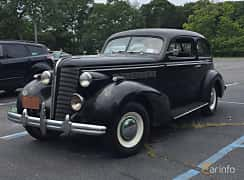 Fram/Sida av Buick Special 2-door Trunk Back Sedan 4.1 Manual, 101ps, 1937