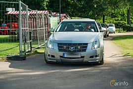 Front  of Cadillac CTS 3.6 V6 Automatic, 309ps, 2008 at Ronneby Nostalgia Festival 2019