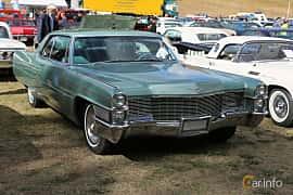 Front/Side  of Cadillac Coupé de Ville 7.0 V8 OHV Hydra-Matic, 345ps, 1965 at Grensetreff Halden 2018