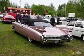 Bak/Sida av Cadillac Eldorado Biarritz 6.4 V8 OHV Hydra-Matic, 349ps, 1959 på Onsdagsträffar på Gammlia Umeå 2019 vecka 23