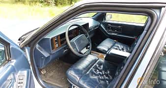 Interior of Cadillac Seville 4.5 V8 Automatic, 182ps, 1990