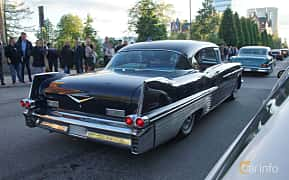 Back/Side of Cadillac Fleetwood Sixty Special 6.0 V8 Hydra-Matic, 305ps, 1957 at Umeå Wheels Nations Norr 2019
