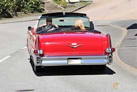 Bak/Sida av Cadillac Sixty-Two Convertible Coupé 6.0 V8 Automatic, 305ps, 1957 på Cruising Lysekil 2019