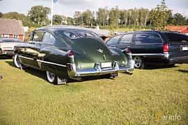 Bak/Sida av Cadillac Sixty-Two Club Coupé 5.4 V8 Hydra-Matic, 162ps, 1949 på Bil & Mc-café vid Tykarpsgrottan v.33 (2017)