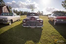 Fram av Cadillac Sixty-Two Club Coupé 5.7 V8 Hydra-Matic, 152ps, 1946 på Bil & Mc-café vid Tykarpsgrottan v.33 (2017)