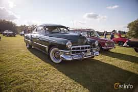 Fram/Sida av Cadillac Sixty-Two Club Coupé 5.4 V8 Hydra-Matic, 162ps, 1949 på Bil & Mc-café vid Tykarpsgrottan v.33 (2017)