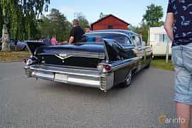 Back/Side of Cadillac Sixty-Two Coupé de Ville 6.0 V8 Automatic, 314ps, 1958 at Onsdagsträffar på Gammlia Umeå 2019 vecka 30