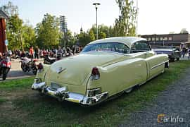 Back/Side of Cadillac Sixty-Two Coupé de Ville 5.4 V8 Hydra-Matic, 213ps, 1953 at Onsdagsträffar på Gammlia v.33 / 2018