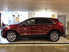 Side  of Cadillac XT5 3.6 V6 AWD Automatic, 314ps, 2019