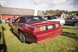 Bak/Sida av Chevrolet Camaro Z28 Convertible 5.0 V8 Automatic, 208ps, 1991 på Bil & Mc-café vid Tykarpsgrottan v.33 (2017)