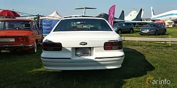 Back of Chevrolet Caprice Sedan 5.0 V8 Automatic, 173ps, 1992 at Old Car Land no.1 2019