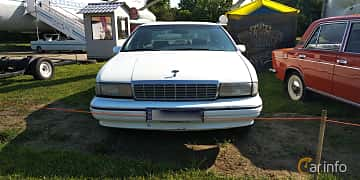 Front  of Chevrolet Caprice Sedan 5.0 V8 Automatic, 173ps, 1992 at Old Car Land no.1 2019
