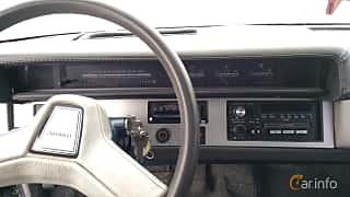 Interior of Chevrolet Celebrity Sedan 2.8 V6 Automatic, 127ps, 1989