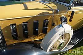 Close-up of Chevrolet Confederate Cabriolet 3.2 Manual, 61ps, 1932 at Onsdagsträffar på Gammlia Umeå 2019 vecka 27