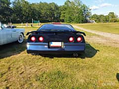 Back of Chevrolet Corvette 5.7 V8 Automatic, 249ps, 1988 at Fordonsträffar i Flen v.30 / 2019