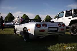 Bak/Sida av Chevrolet Corvette Convertible 5.7 V8 Automatic, 355ps, 2001 på Tisdagsträffarna Vikingatider v.21 / 2018